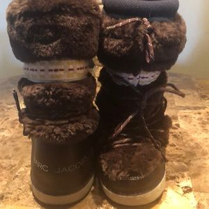 Marc Jacobs Brown Fur Yeti/ Apres Moon Boots!